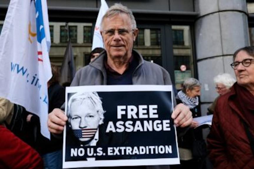 Multiples Demandes D'extradition De Julian Assange: Que Risque Le Fondateur De Wikileaks?