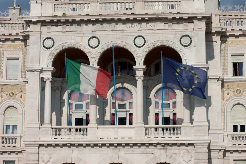 Le Coût De L'hésitation De L'UE à Faireface AuCOVID-19 :laperspective Italienne